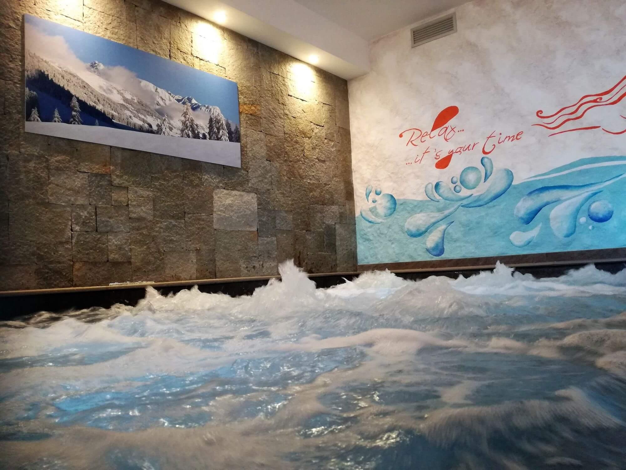 Scopri i nostri servizi hotel le alpi livigno - Livigno hotel con piscina ...